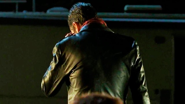 The-Walking-Dead-6x16-Promo-Negan-Season-Finale-Carlost.net-2016-640x360