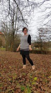 Lässiger Pullunder aus luftig leichter Wolle - Angela von Suturis Asinum