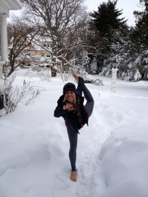 Yoga Snow Snowga Gave