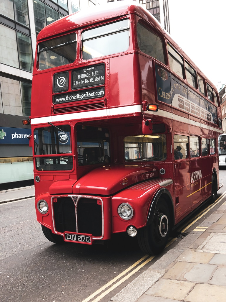 S'INSTALLER AU ROYAUME-UNI : London bus