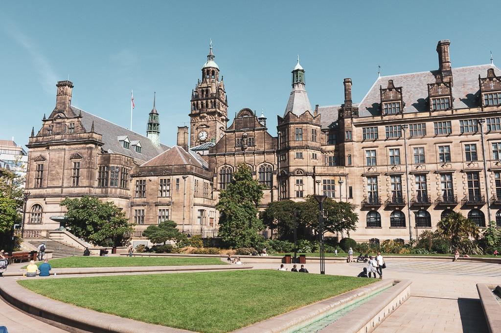 Peace Garden et mairie de Sheffield