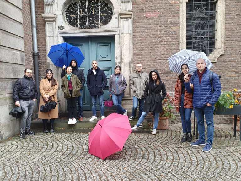 tour guide job in Dusseldorf