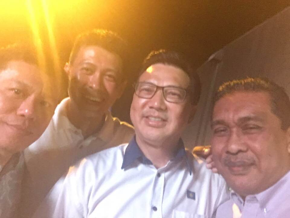 Takiyuddin with MCA leaders including Liow
