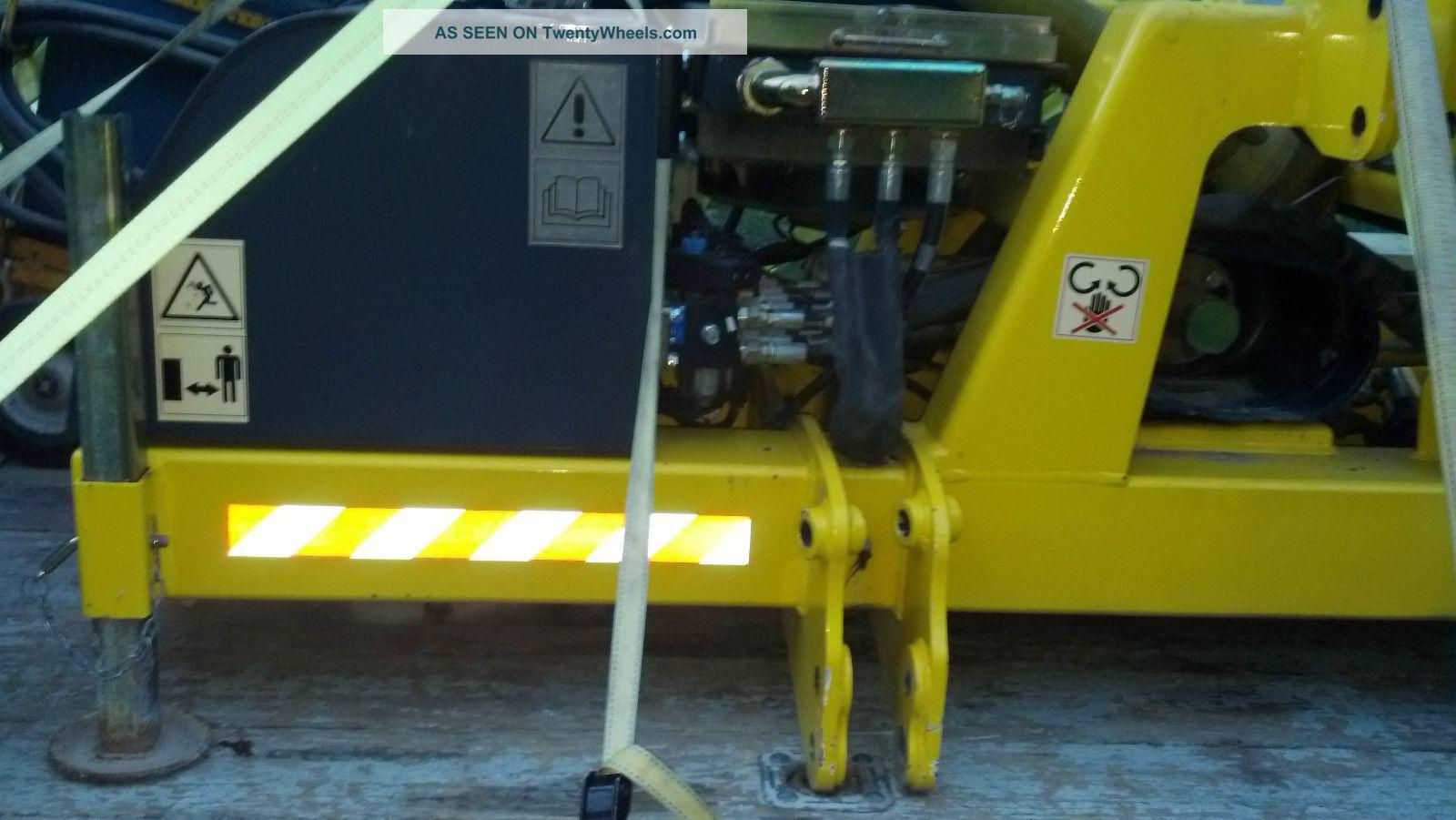 Guardrail Fenceline Mower Boom Reach Brush Hog Flail Cutter Attachment Arm Trim