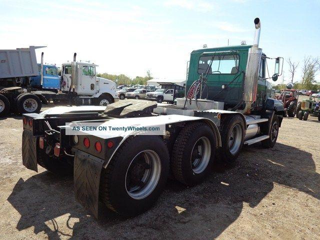 Mack Cl713 Daycab Heavy Hauler Lowboy Truck