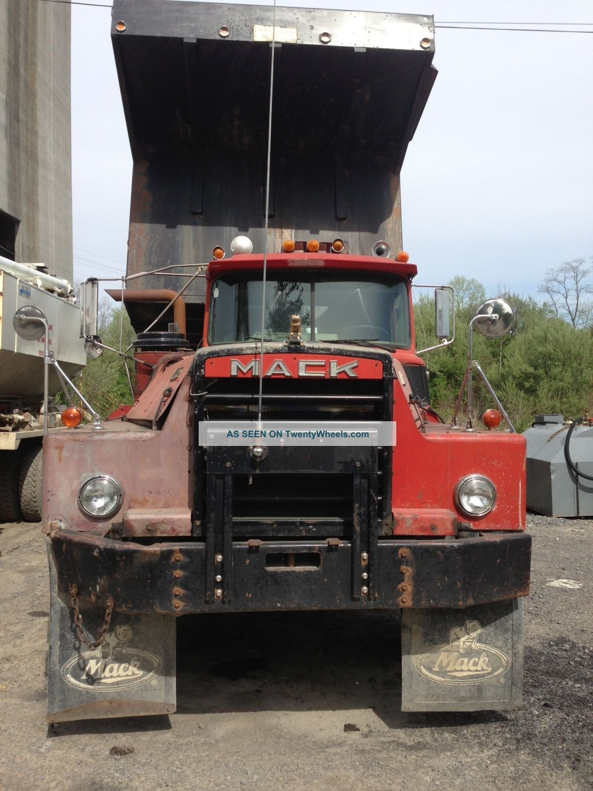 hight resolution of 1980 mack dm 800 gabbard bros trucking new paint pic 1 mack trucks pinterest mack trucks trucks and dump trucks