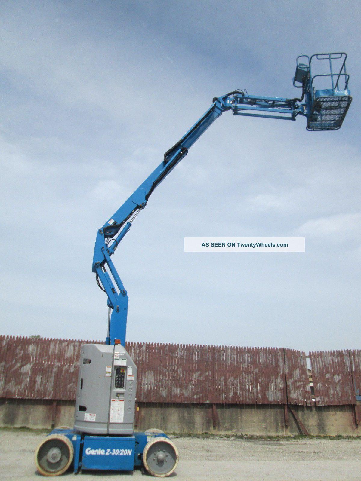 Genie Z3020n Rj Articulating Aerial Lift Boom Lift Genie Platform Lift