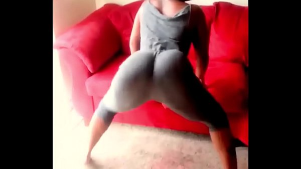 Ebony with big ass goes wild in tight yoga pants