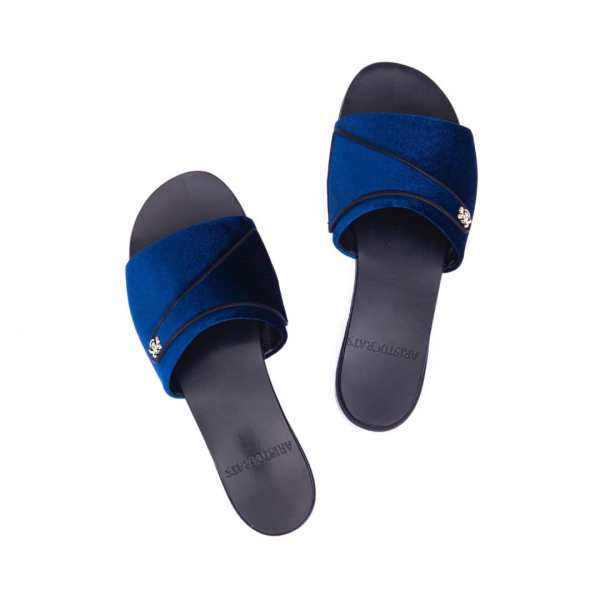 Aristocrats Slippers 012 1