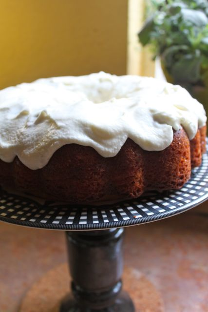 Oh-So-Lemony Bundt on a cake pedestal