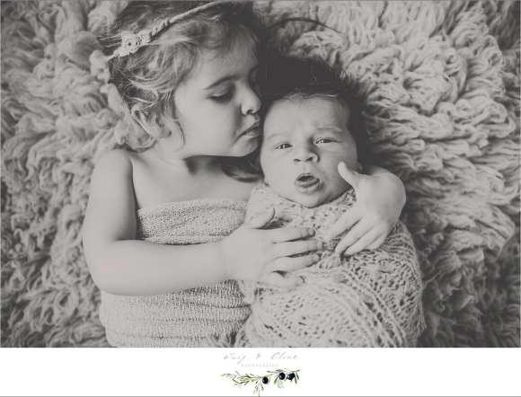 siblings, wrap, rustic, newborn session Sun Prairie, WI