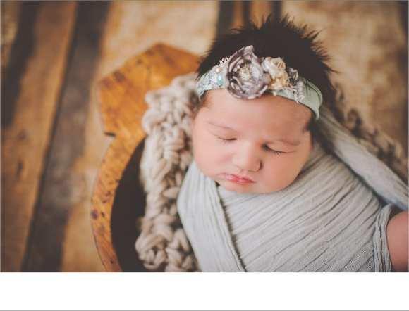 bonnets, babies, Sun Prairie Photographers