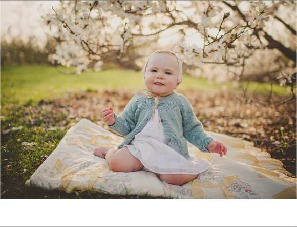 blankets, bonnets, hair flowers, outdoor sessions, Dane County Twig and Olive