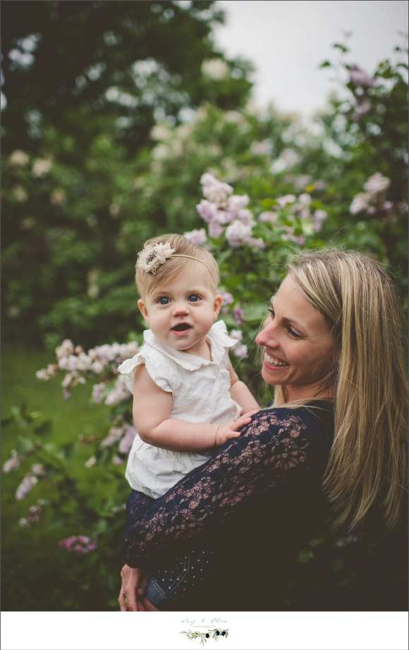 happy moms, moms and kids, happy toddlers, happy babies, flowers, trees, hair flowers, headbands, rustic, Twig and Olive Photography