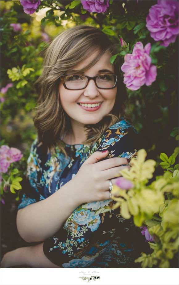 college bound, senior sessions, flowers, outdoor, rustic, greenery, Madison area senior sessions, TOP