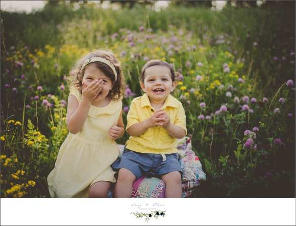 boys will be boys, brothers, siblings, outdoor sessions, yellow shirt, brothers and sisters, moms and dads, family sessions, children and families, Twig and Olive children and family sessions