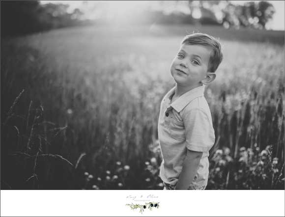 stoic, iconic, unique, black and white photography, outdoor rustic vintage feel, Twig and Olive families