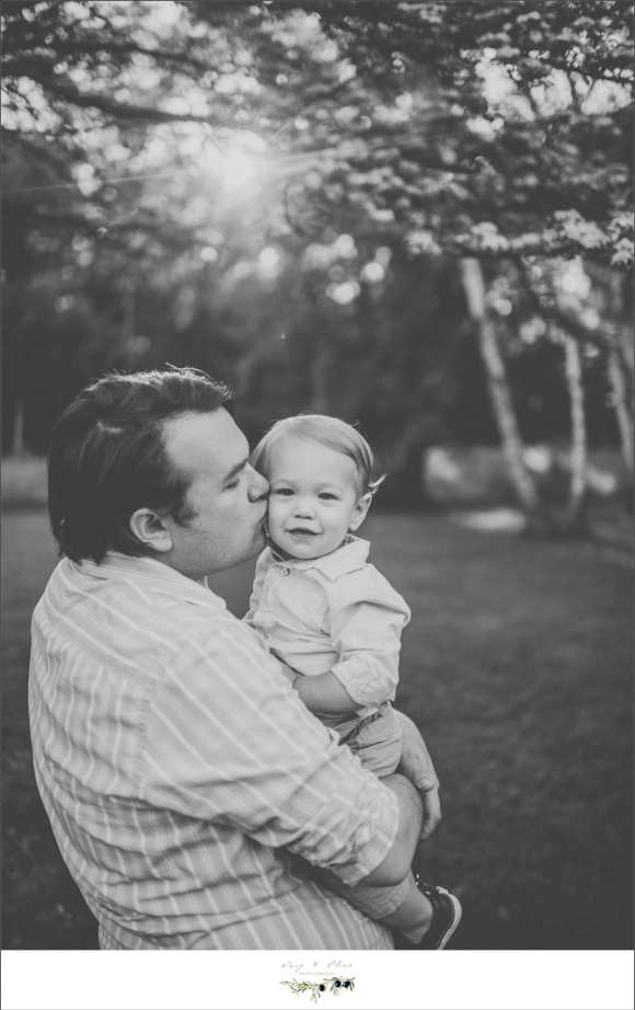 black and white photography, dads and kids, children and families, Port Washington backdrop, Wisconsin coastal cities, Twig and Olive children and families
