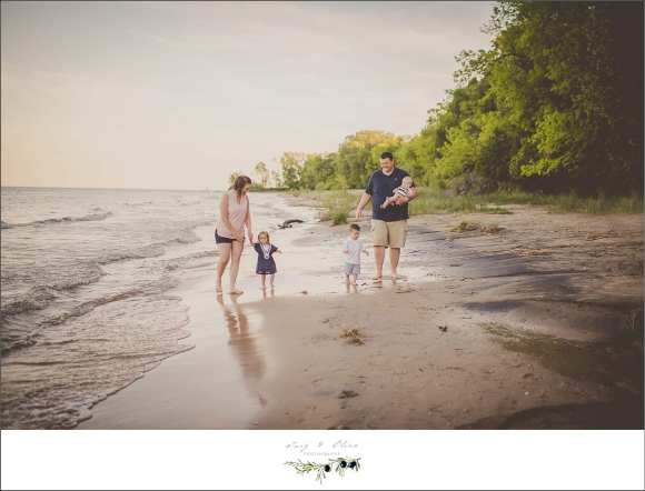beach run, happy kids, happy parents, family sessions