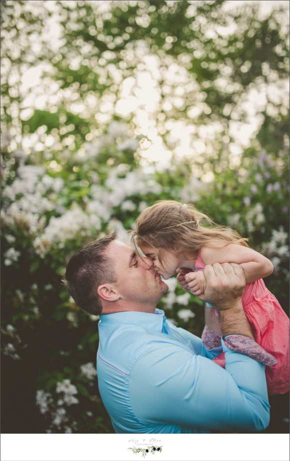 dads and daughters, outdoor sessions, sun set photography, white blooms, hold their hands for a little while, hold their hearts forever