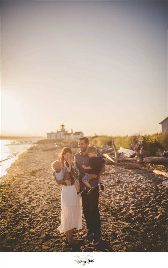 sunset photography, beach sessions, moms and dad, seattle family sessions