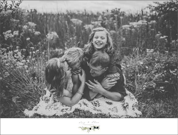 pile on the parents, black and white imagery
