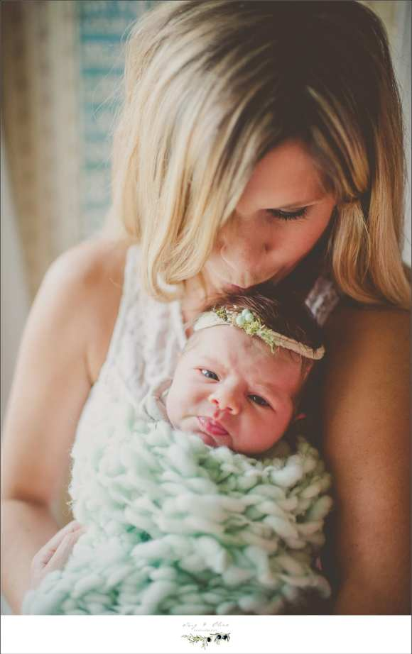 mommy and baby green blanket