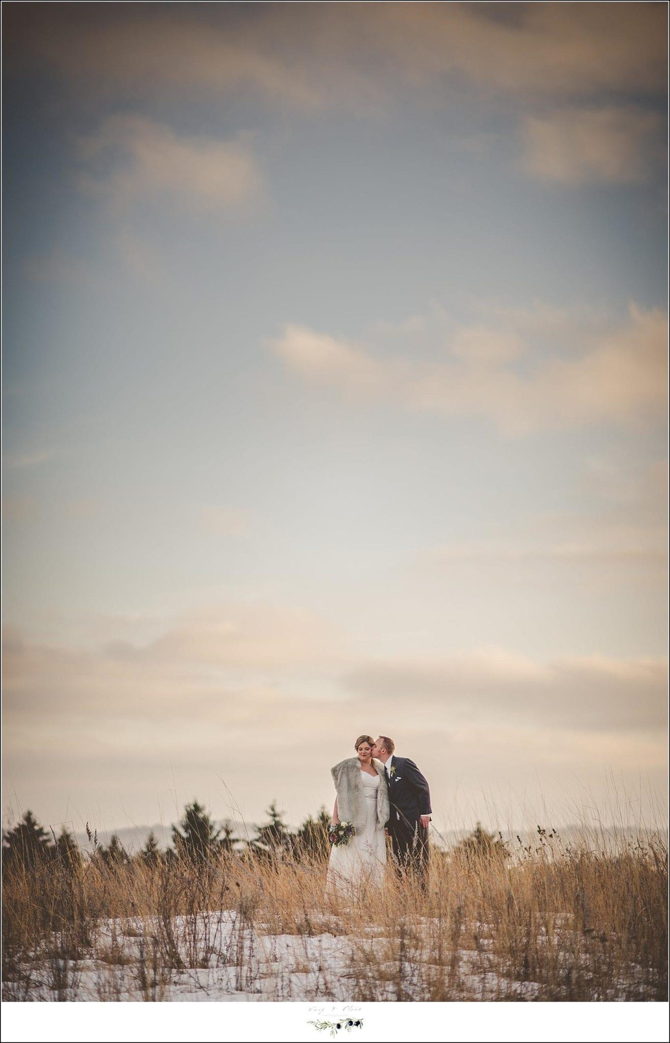 wisconsin winter wedding