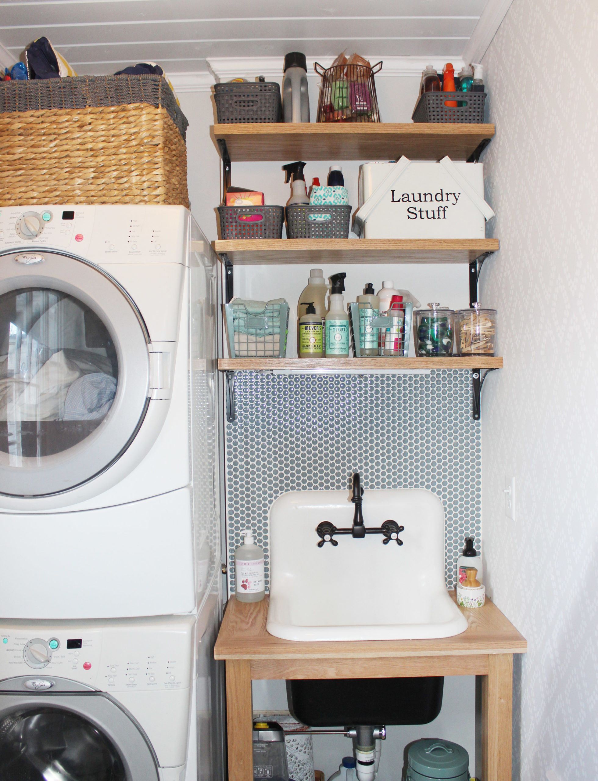 laundry-room-reveal-laundry-utility-sink-and-penny-tile-7