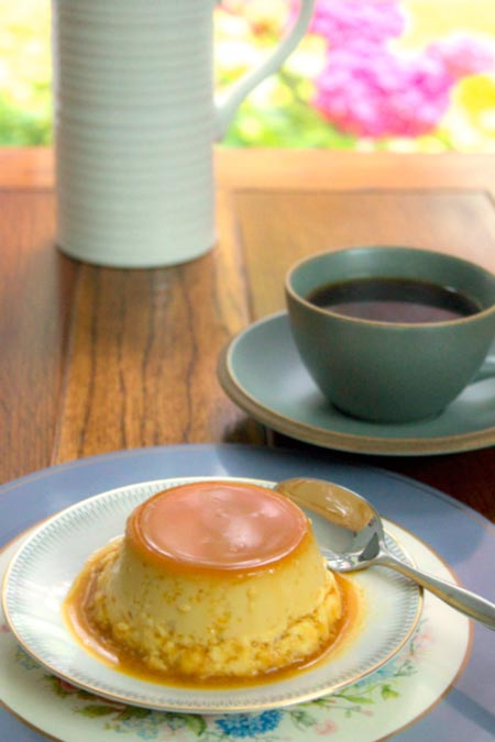 creme caramel with black coffee