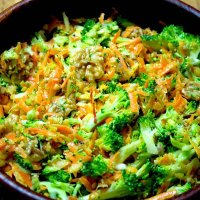 Broccoli Carrot and Apple Salad