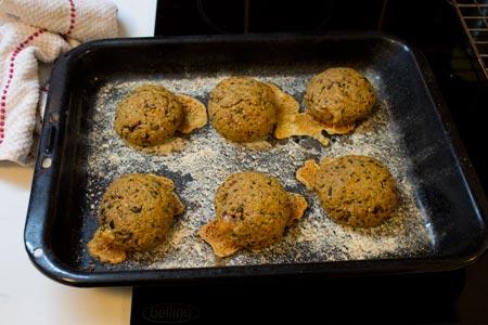 tomato olive brie scones