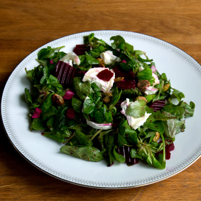 Lazy Pickled Beetroot & Goat's Cheese Salad