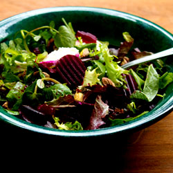 Lazy Pickled Beetroot and Goat's Cheese Salad