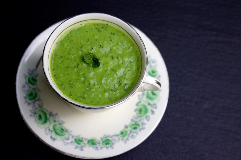 Instant Pea Mint Soup
