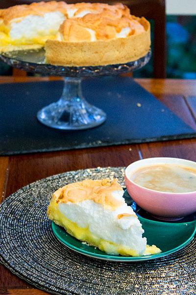 slice-of-lemon-meringue-oie