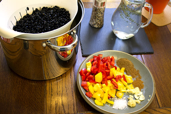 ingredients for blak beans