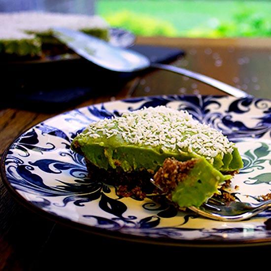 Vegan Avocadeese Cake