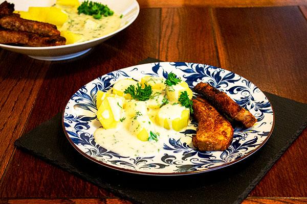 Crispy pork with parsley sauce