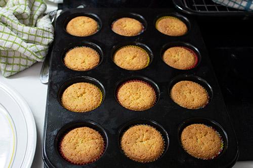 baked gluten free buns