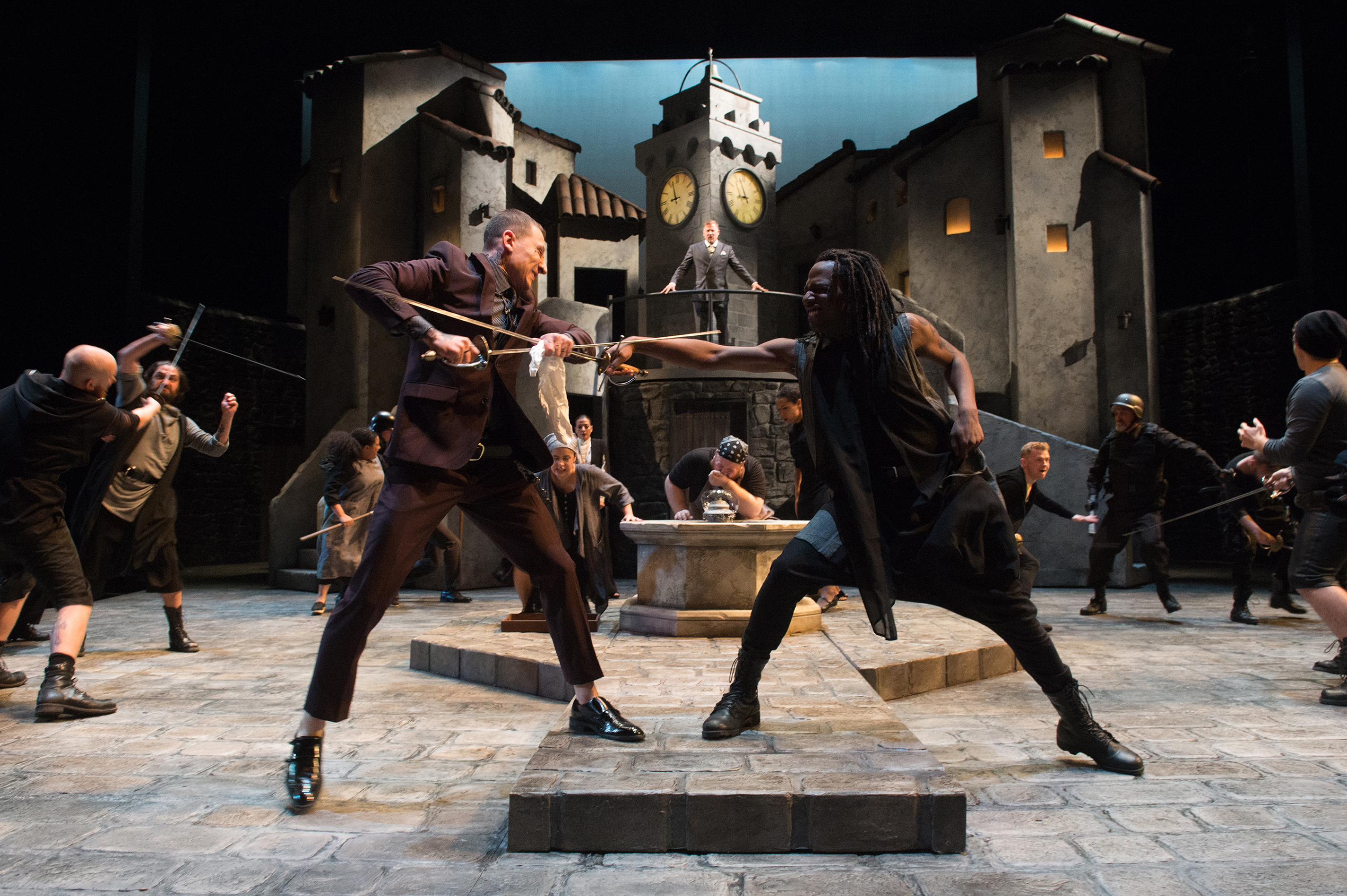 Review Splendid Romeo And Juliet Guthrie Theater Twin