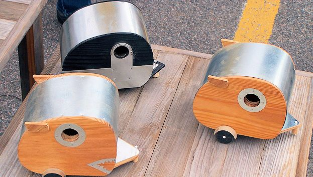 Your neighborhood birds will vacation in style in these travel trailer birdhouses.
