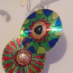 Upcycled_cd_ornaments