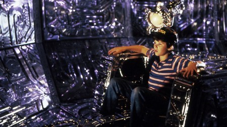 David in the pilot's seat of the alien craft