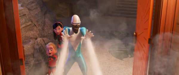 Frozone defends Dash and Violet