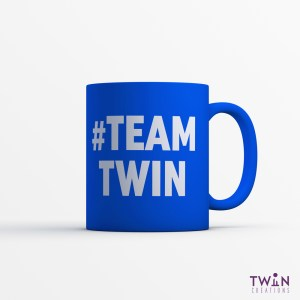 #TEAMTWIN Bold Mug Royal