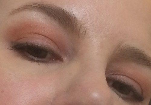 Super easy and quick eye makeup