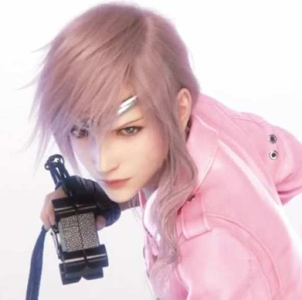Lightning-Final-Fantasy-Louis-Vuitton-2