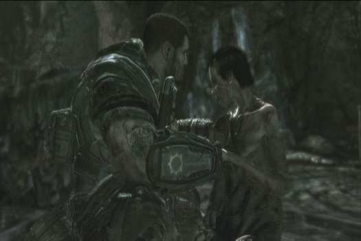Dom Finds Maria - Gears of War 2
