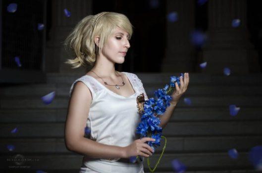 Lunafreya from Final Fantasy XV